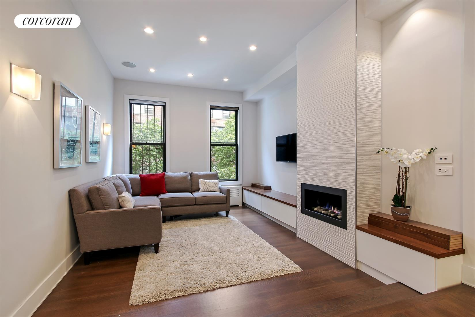 425 East 78th Street, 5A, Living Room