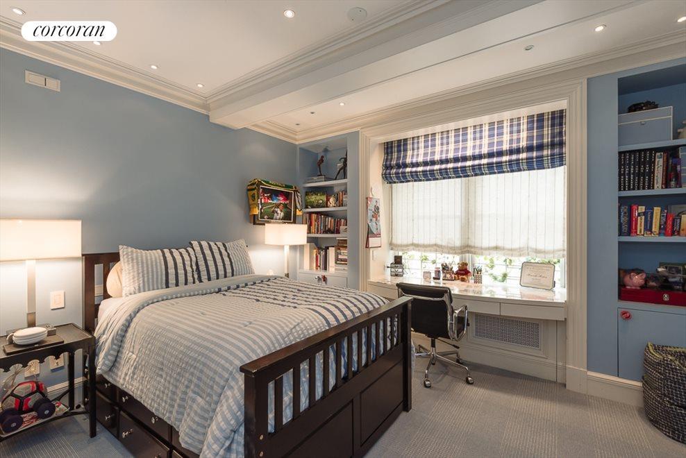 Bedroom with en suite bathroom