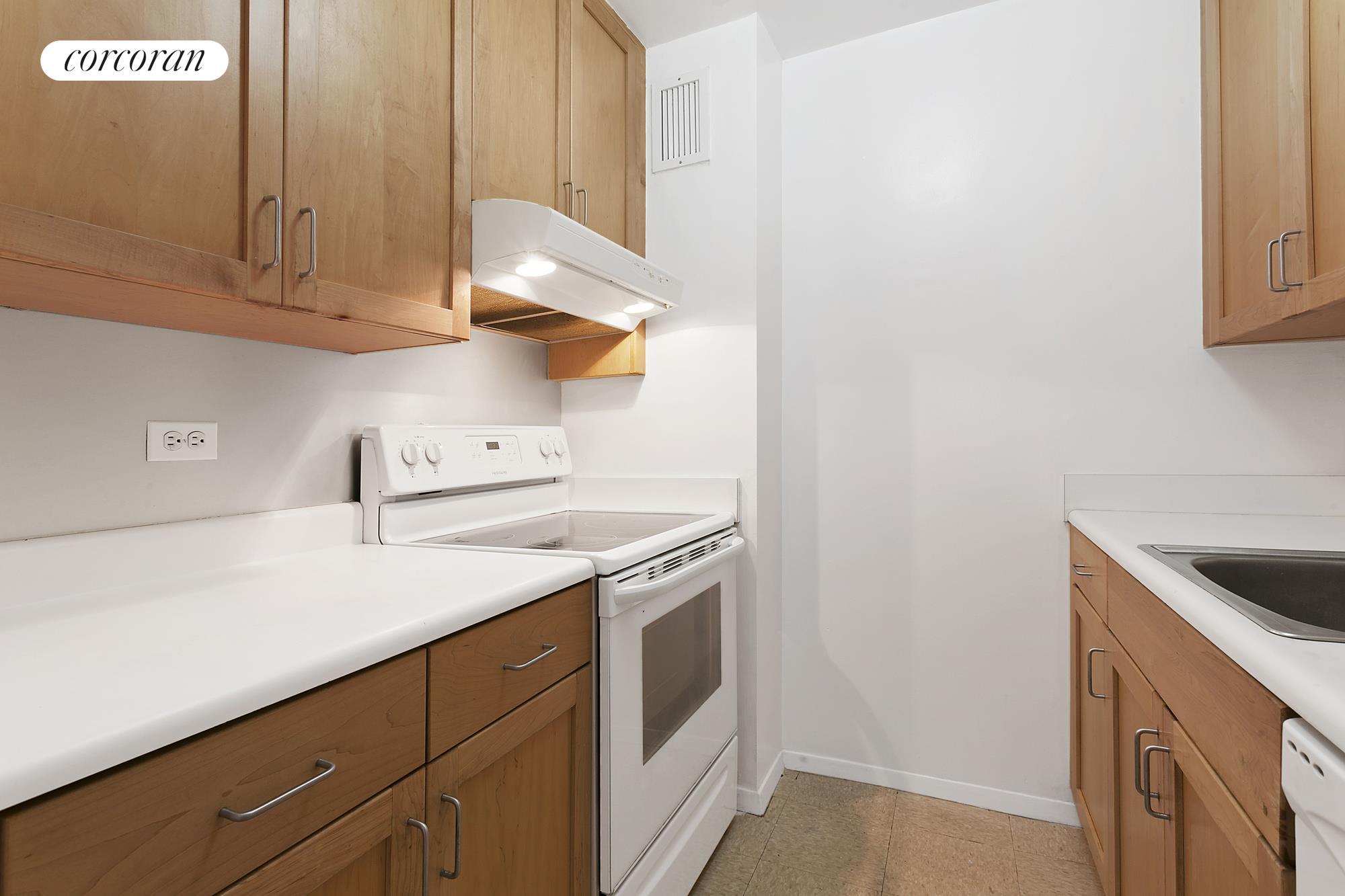 Corcoran, 137 Barrow Street, Apt. 4A, West Village Real Estate ...