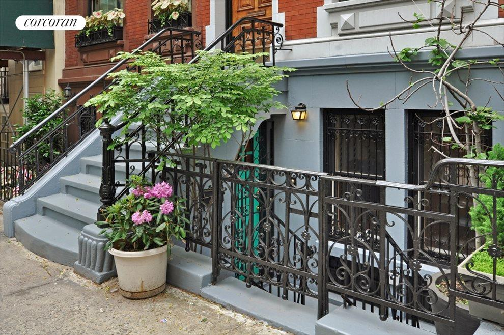 New York City Real Estate | View 126A East 92nd Street, #Studio | Side View