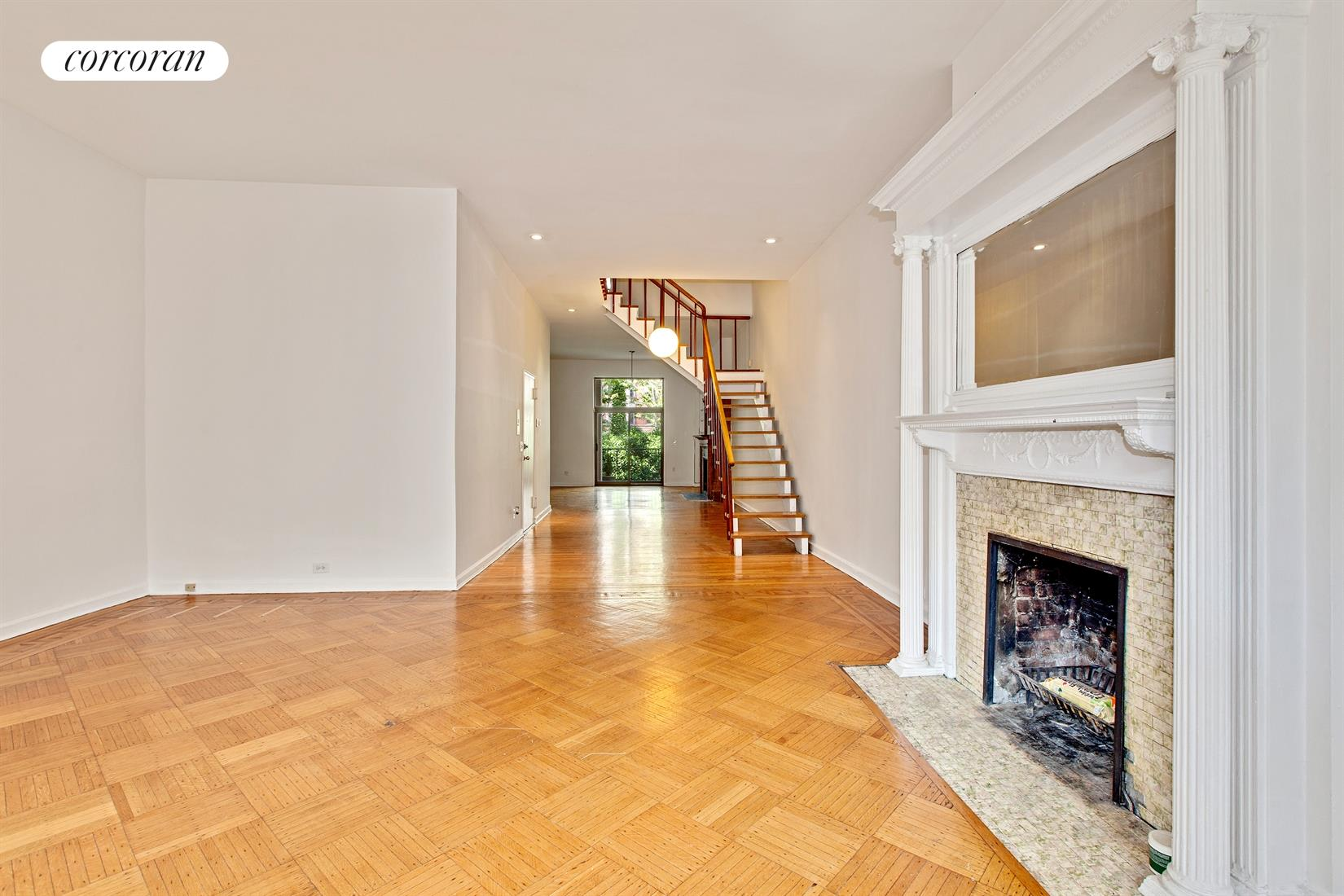 121 West 88th Street, 2, Living Room