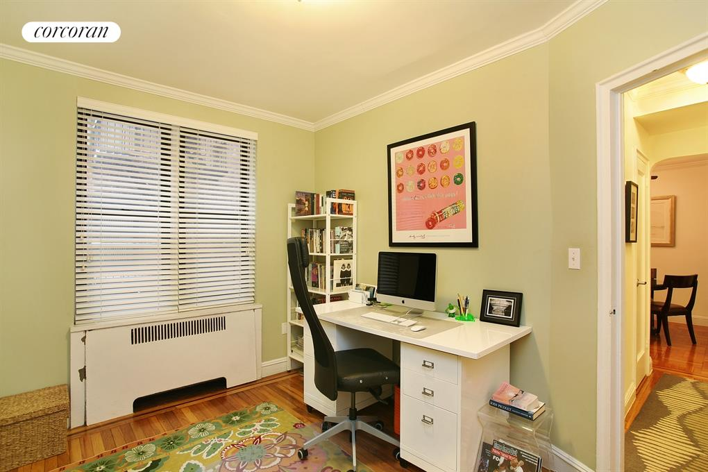 96 ARDEN ST, 2G, Living Room