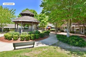 286 West Montauk Highway, Hampton Bays