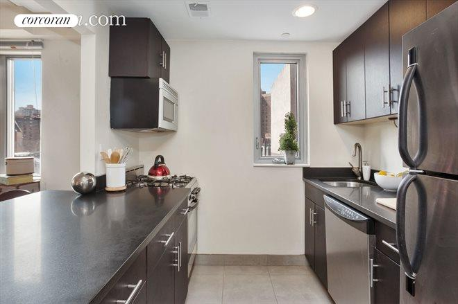 1810 Third Avenue, A4C, Kitchen
