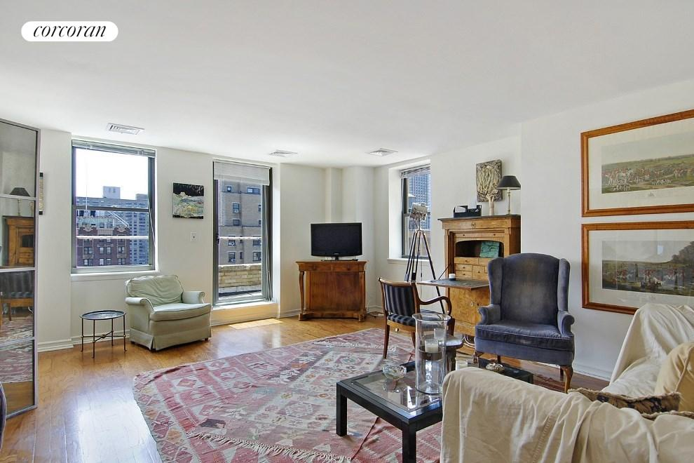 253 West 73rd Street, 13A, Living Room