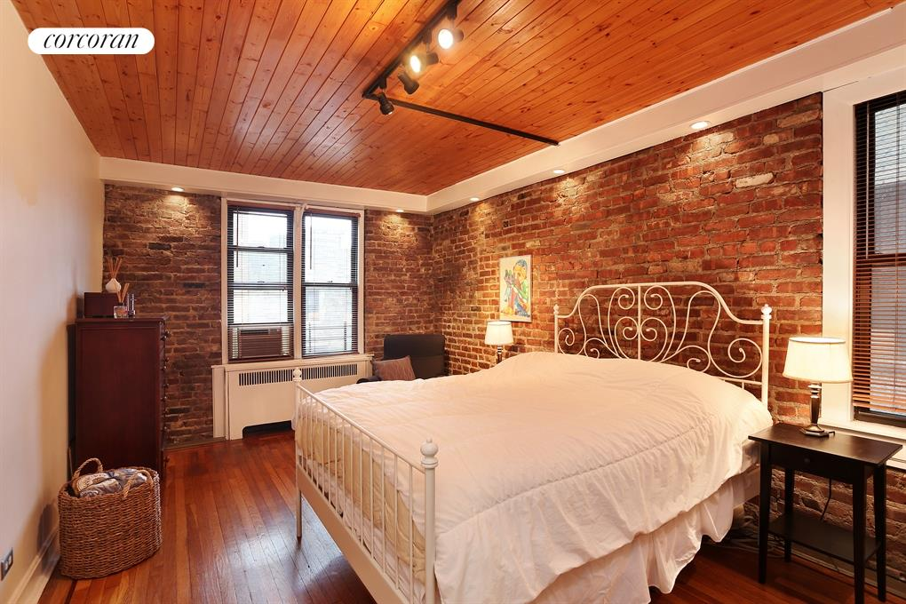 96 ARDEN ST, 4G, Master Bedroom