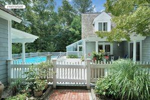12 Cedar Trails, East Hampton