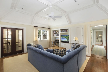 Guest Wing Sitting Room