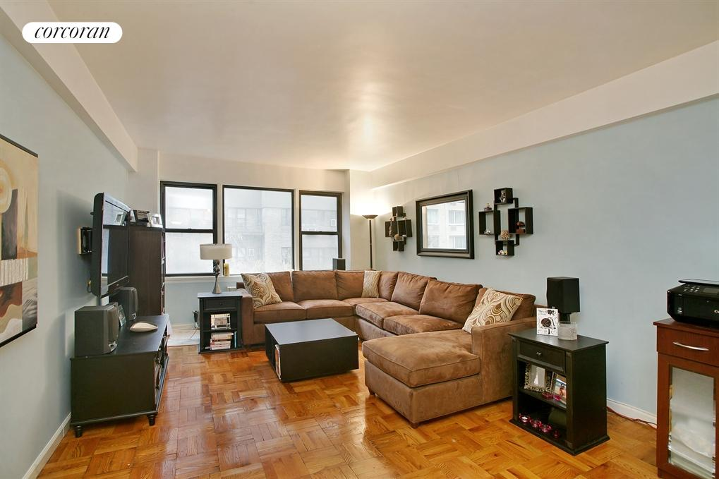 240 East 46th Street, Apt. 6G, Midtown East