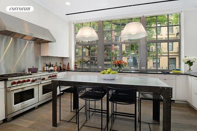 163 East 82nd Street, Kitchen