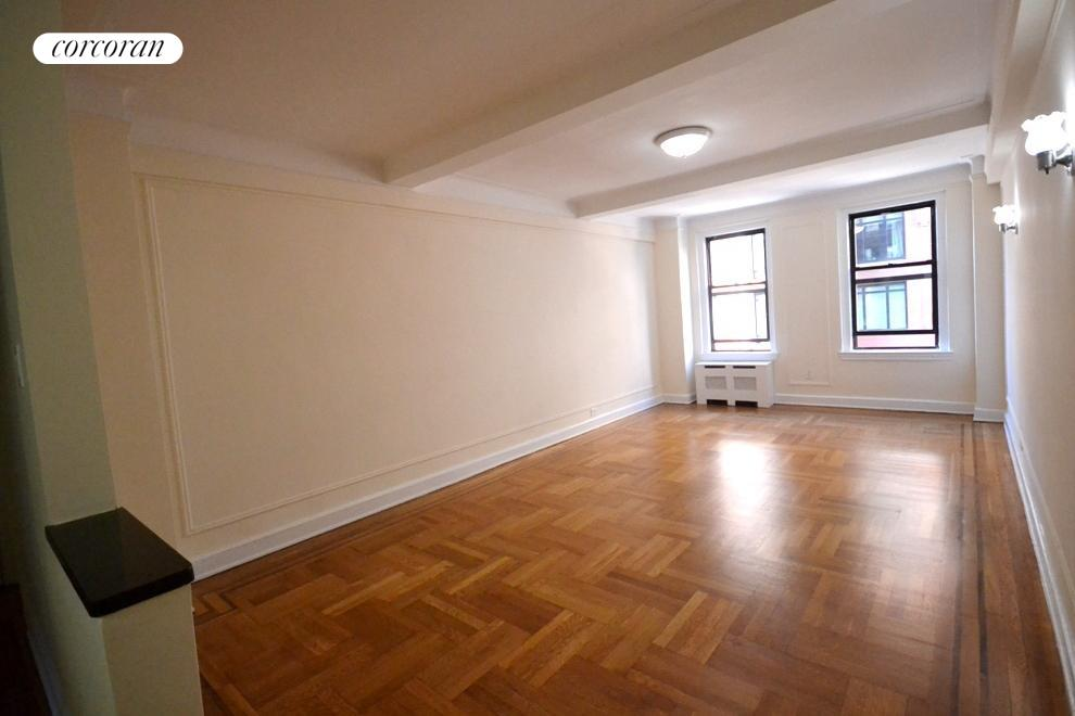 201 West 77th Street, 8F, Living Room