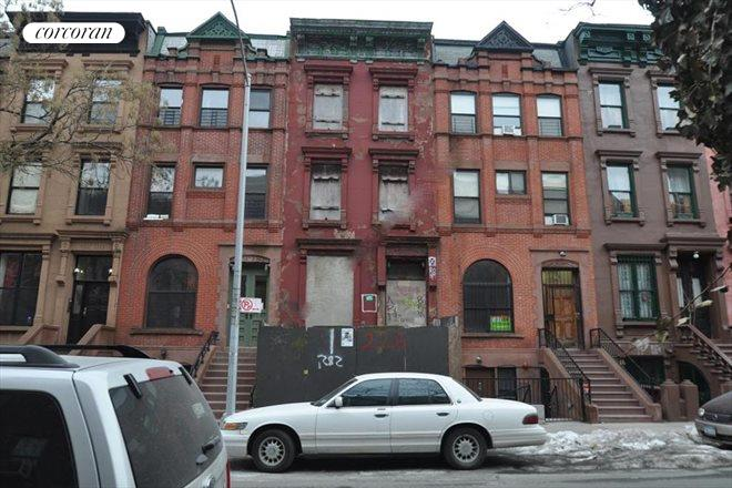 226 West 132nd Street, Building Exterior