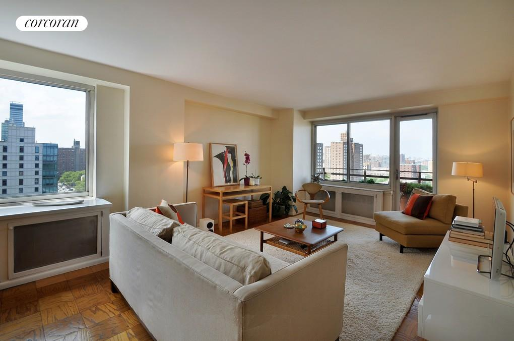 400 Central Park West, Apt. 18D, Upper West Side