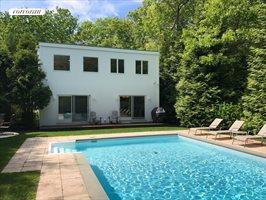 356 Accabonac Road, East Hampton