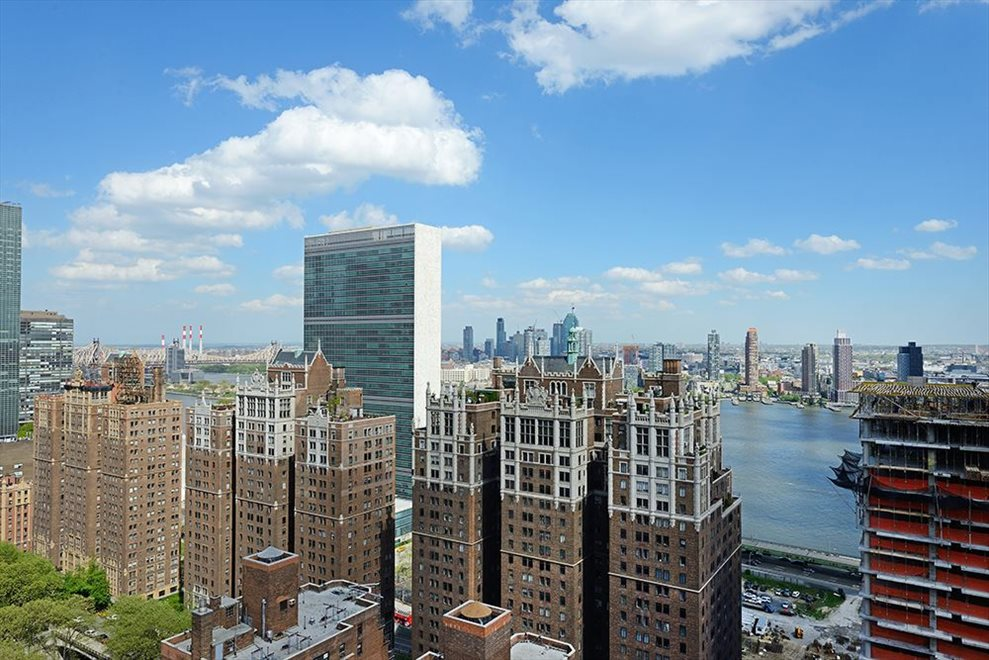 New York City Real Estate | View 300 East 40th Street, #11N | room 11