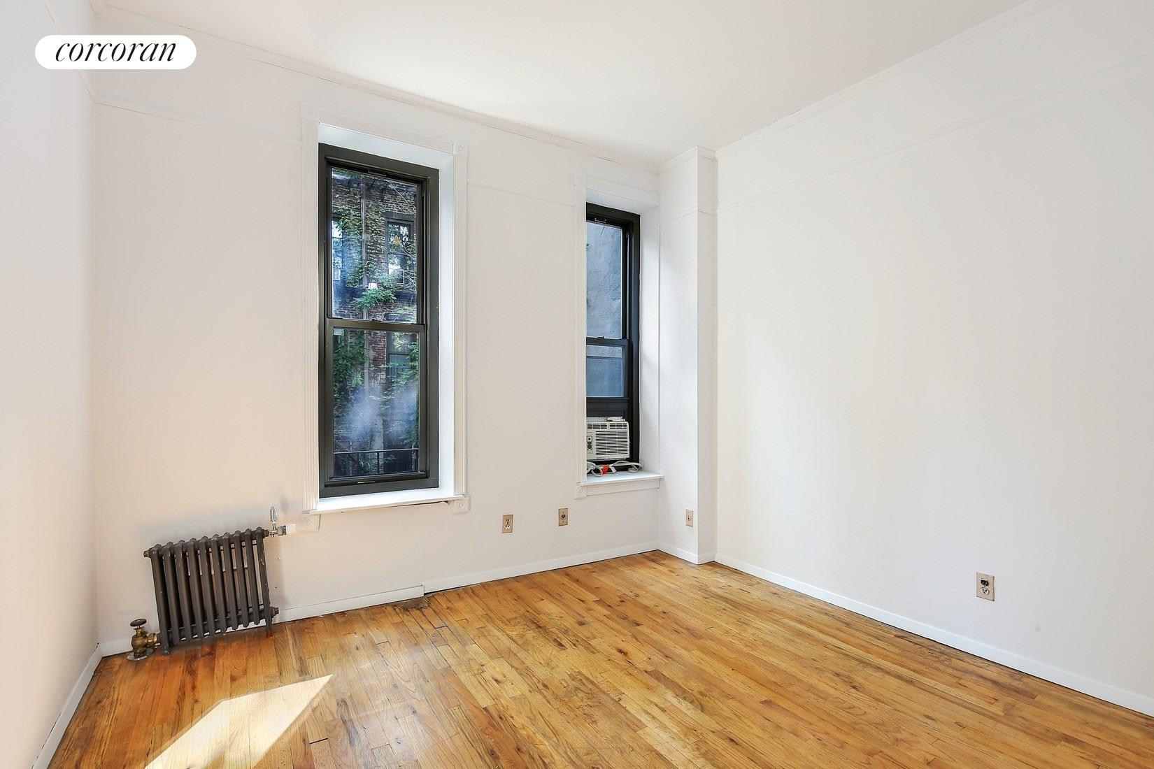 418 West 46th Street, 2C, Living Room
