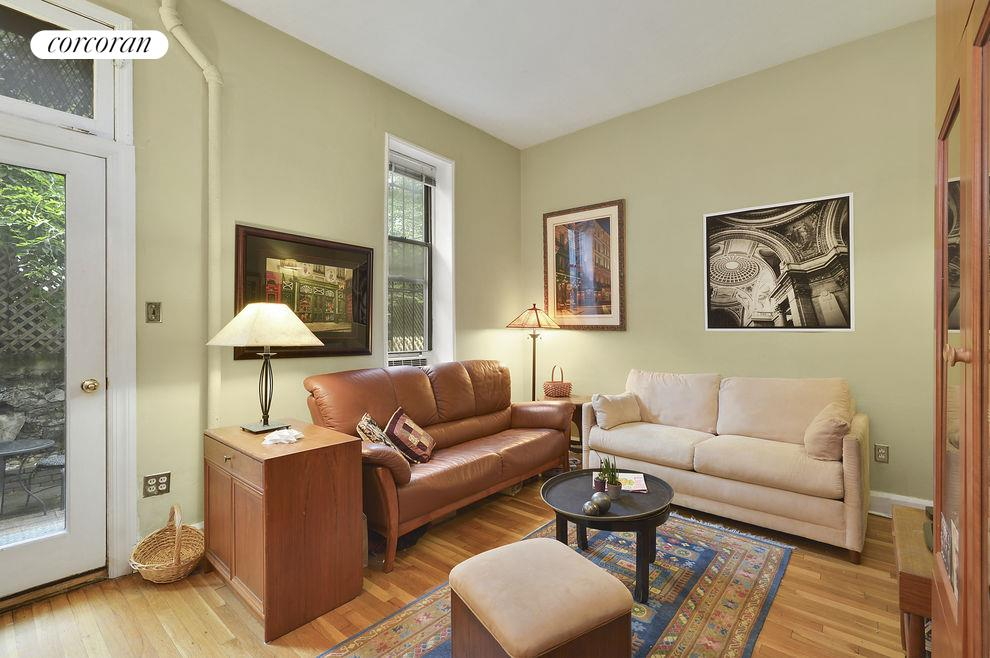 126 West 96th Street, Apt. 1F, Upper West Side