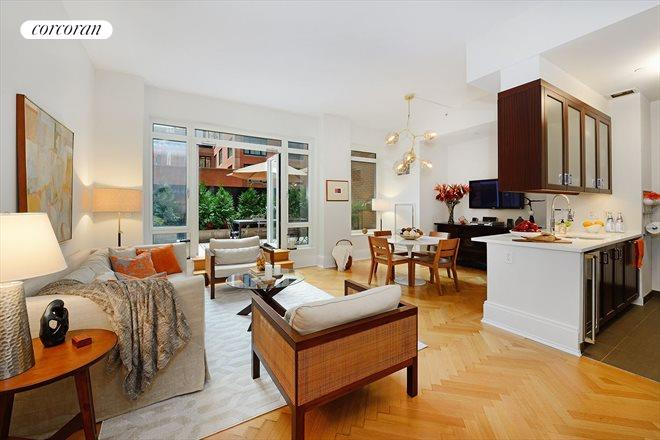 205 West 76th Street, 4J, Living Room
