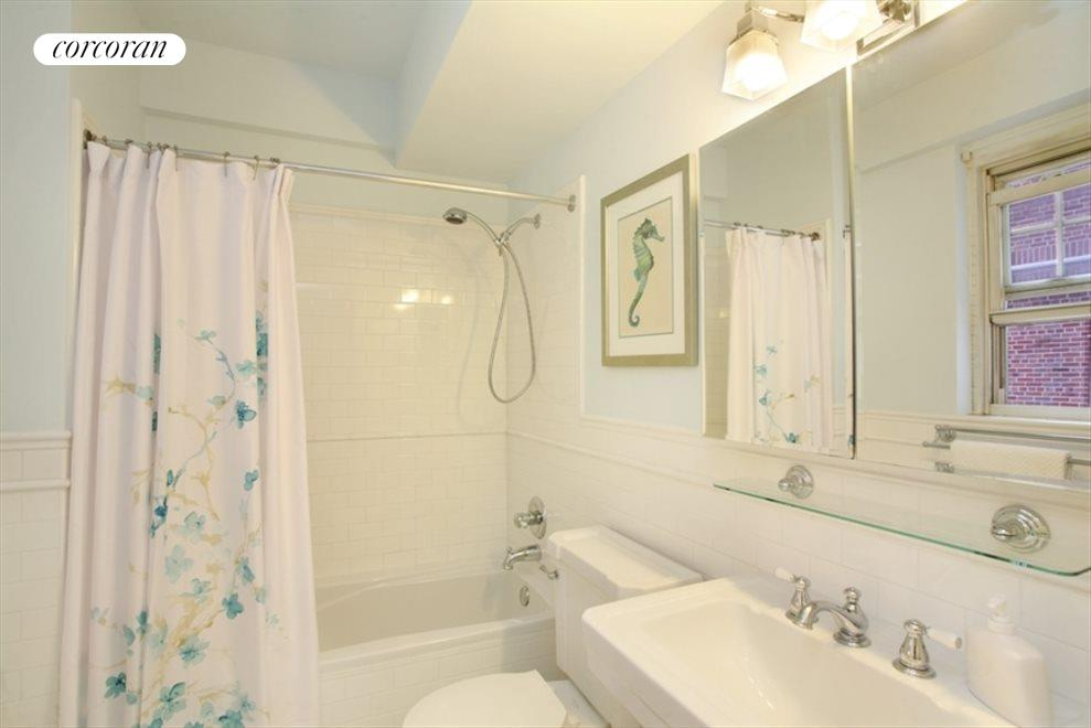 New York City Real Estate | View 200 Cabrini Boulevard, #82 | room 5