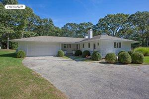 4 Jones Cove Road, East Hampton