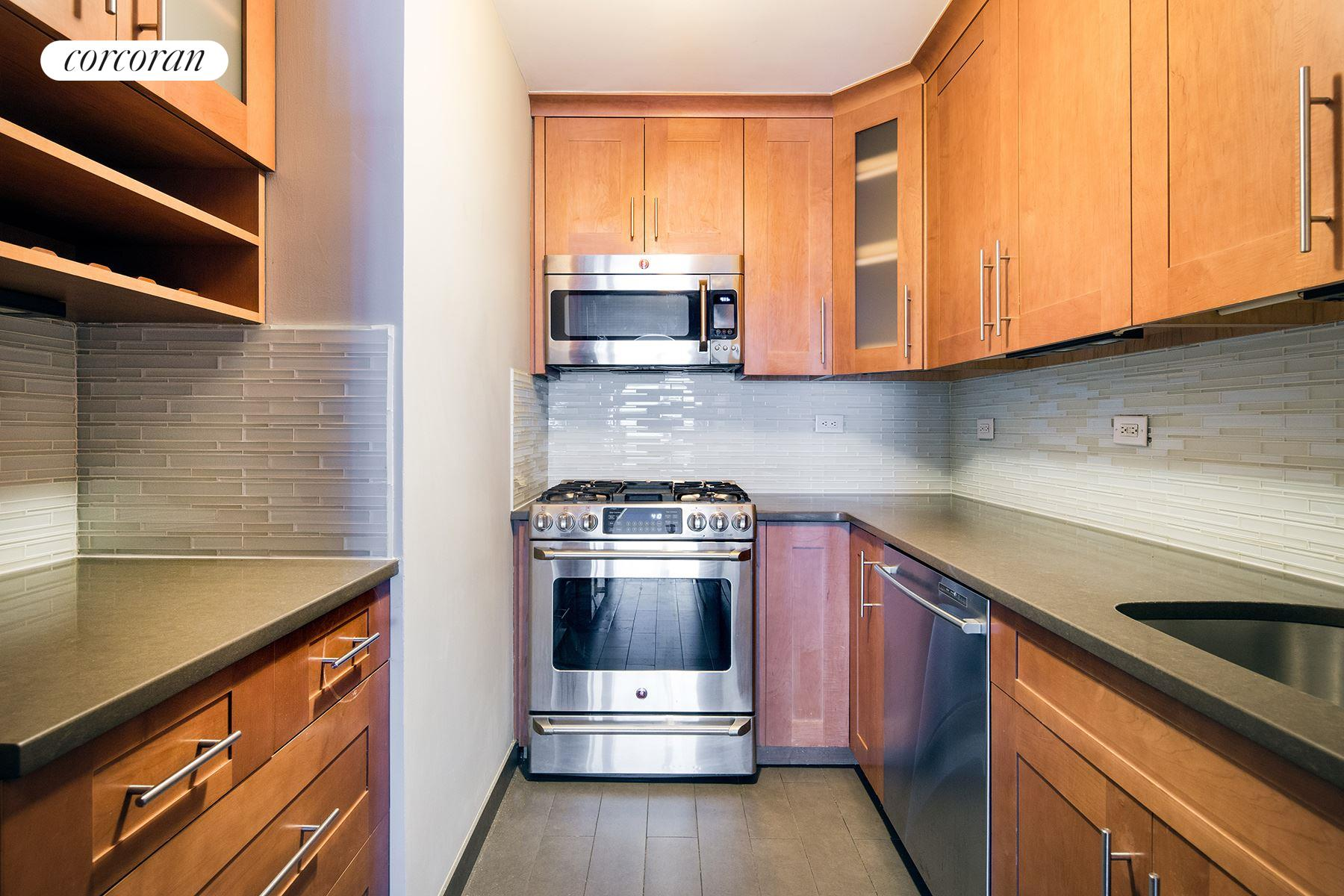 Corcoran 275 greenwich street apt 10a tribeca real for Tribeca property for sale