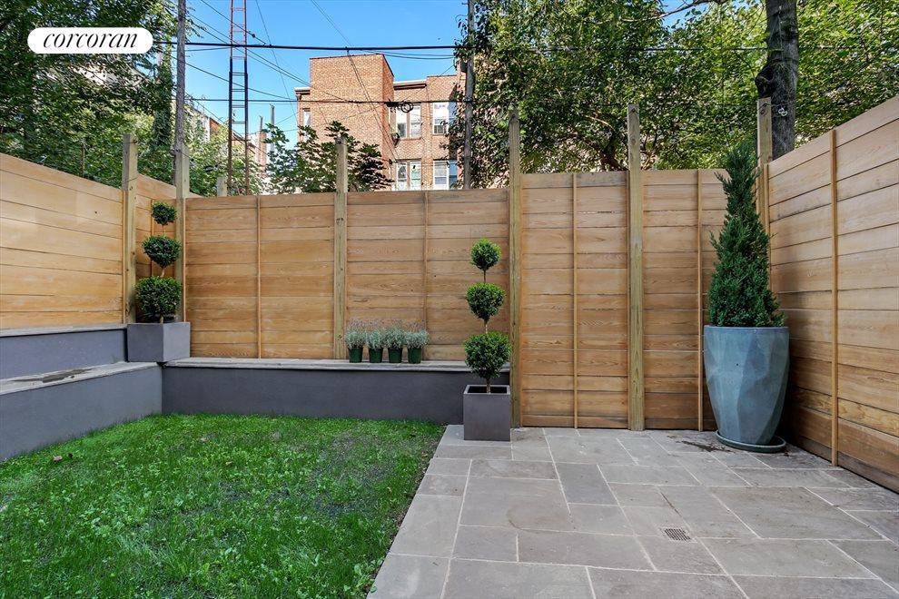 Amazing Private Garden