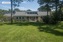 12 Deer Path, Quogue