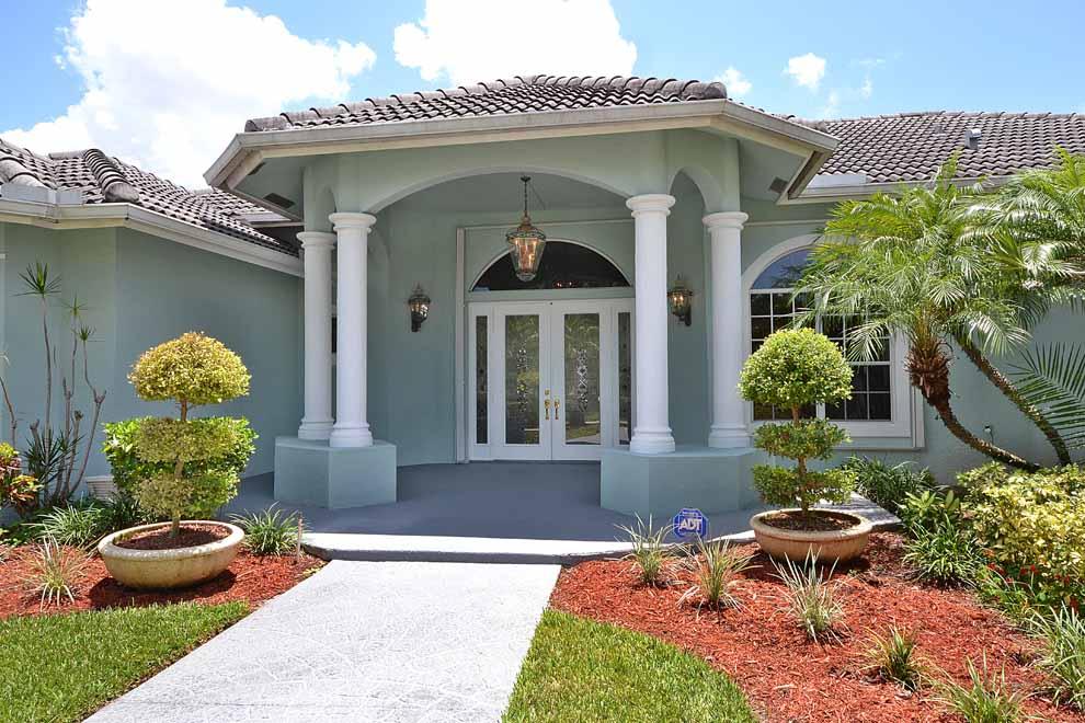 8608 Wendy Lane East, West Palm Beach