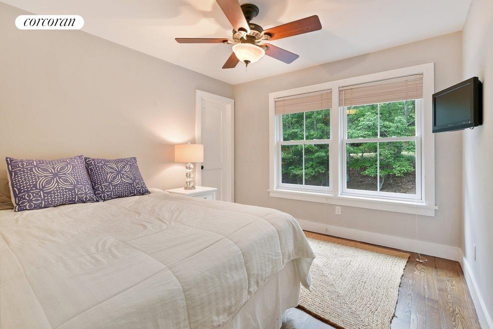 New York City Real Estate | View Sag Harbor | Master bedroom