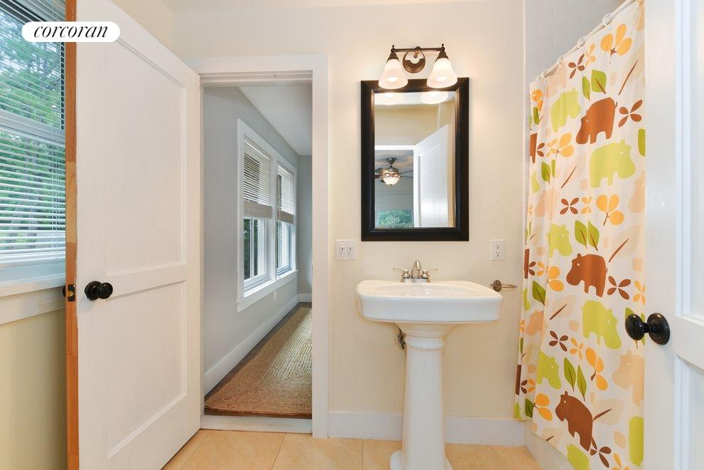 New York City Real Estate | View Sag Harbor | Guest bathroom