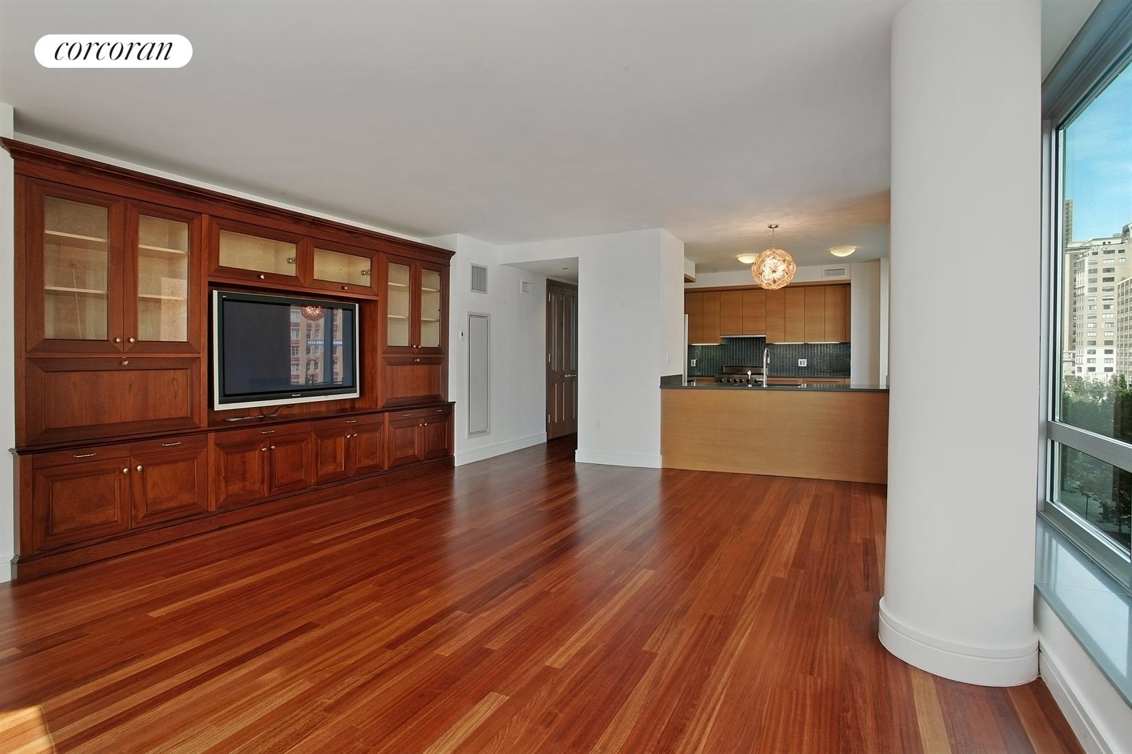 30 West Street, 4E, Living Room