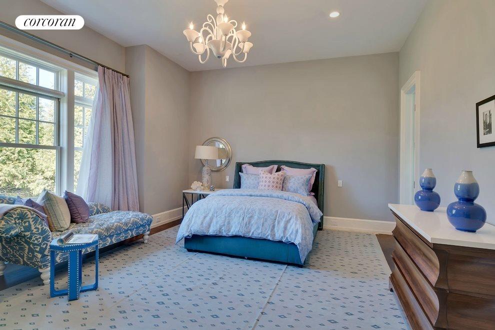 first floor guest master bedroom