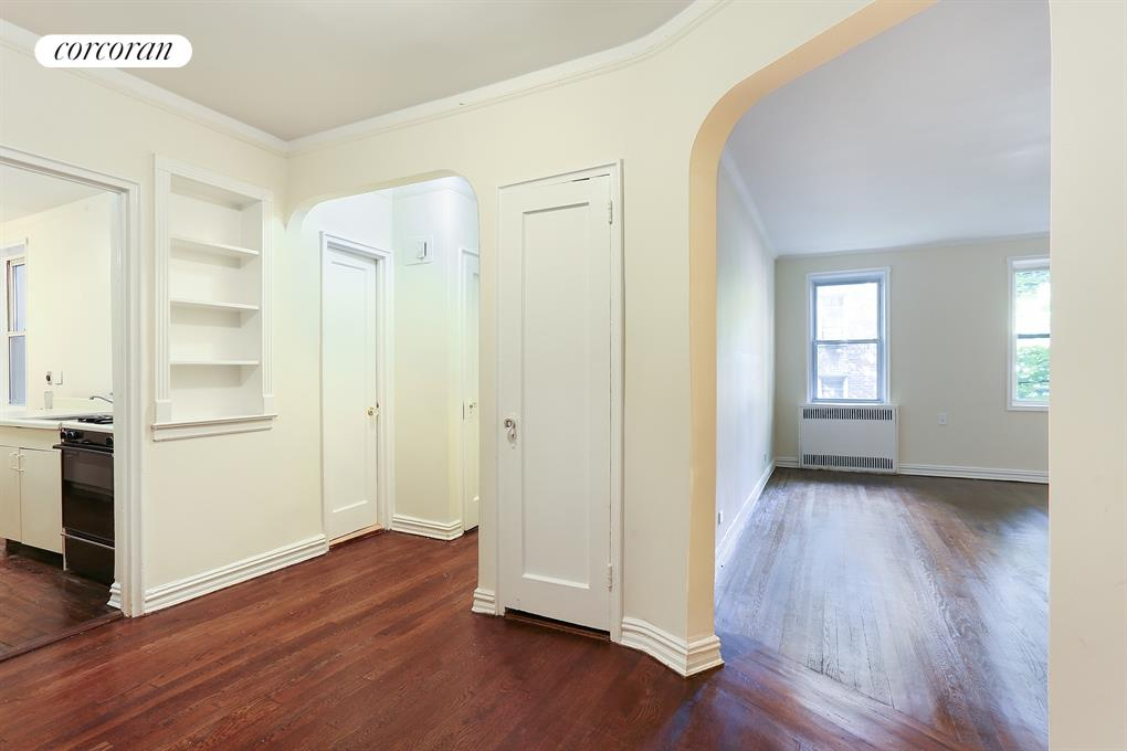 140 East 2nd Street, Apt. 2N, Windsor Terrace