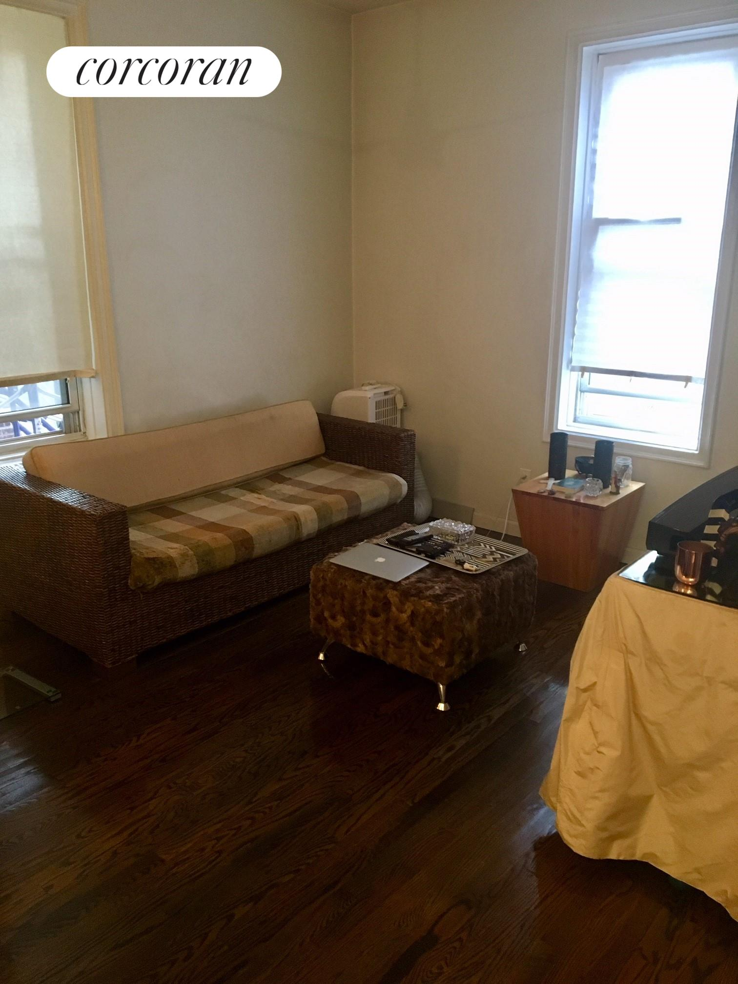 128 West 138th Street, 3I, Living Room