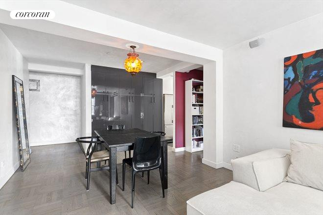 185 WEST HOUSTON ST, 1G, West Facing With Plenty Of Space For Entertaining