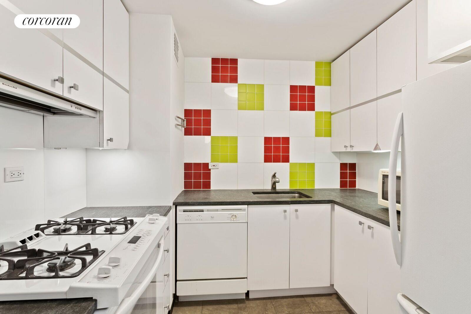 Corcoran, 301 East 63rd Street, Apt  16DE, Upper East Side