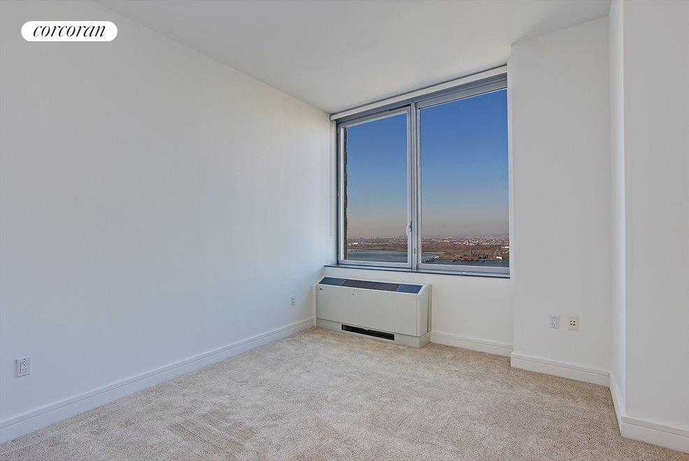 PH1A Second Bedroom with River Views