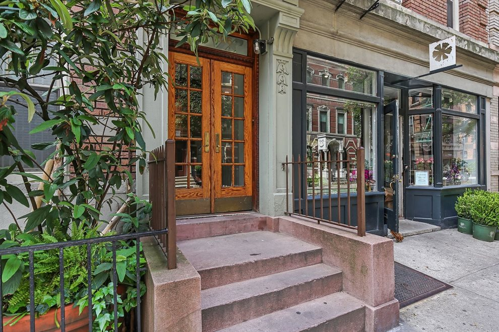 New York City Real Estate | View 204 West 10th Street, #28 | room 7