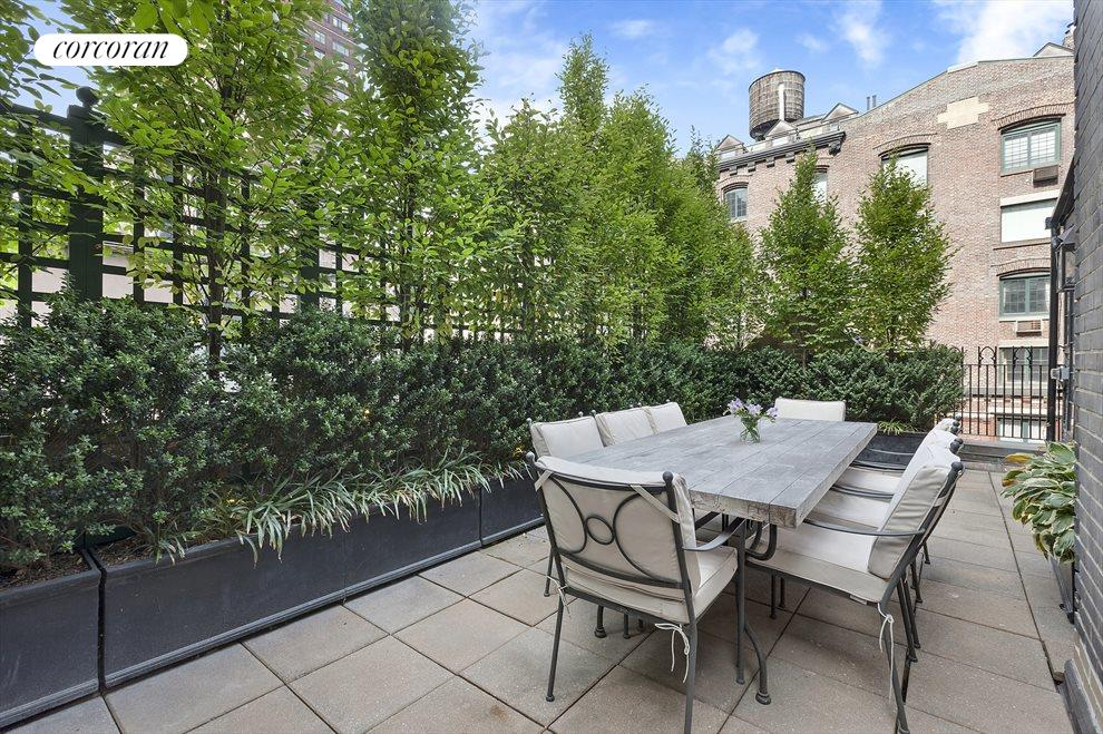 Private Outdoor Terrace