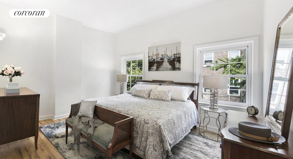 Master Bedroom Fits King Sized Bed