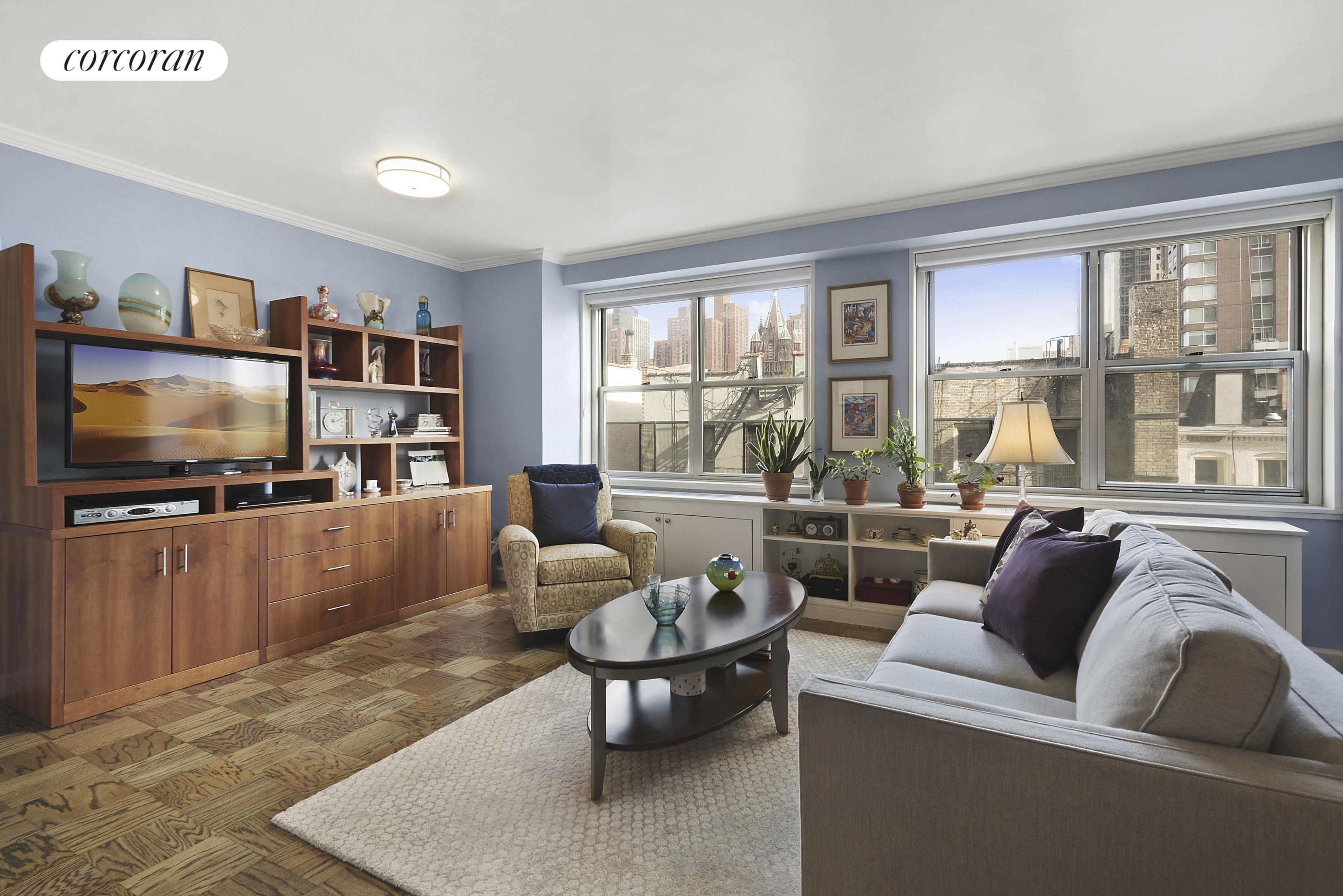 345 East 86th Street, 6G, Living Room