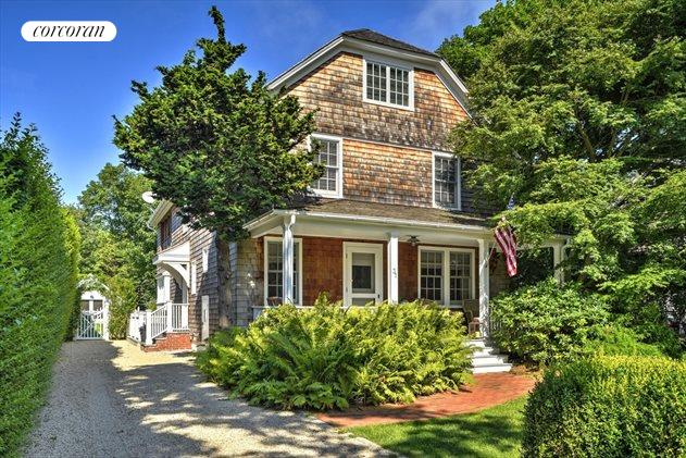 31 Meeting House Lane, Amagansett