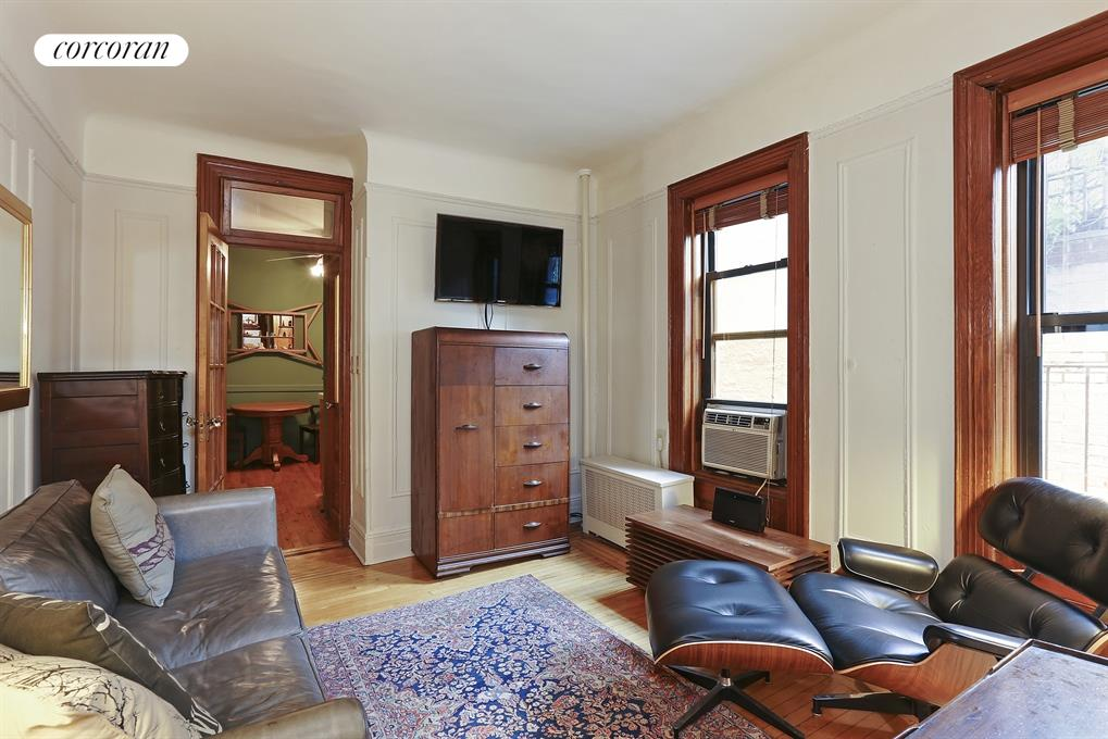 227 West 11th Street, 21, Living Room