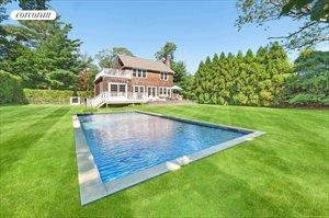 62 Osborne Lane, East Hampton