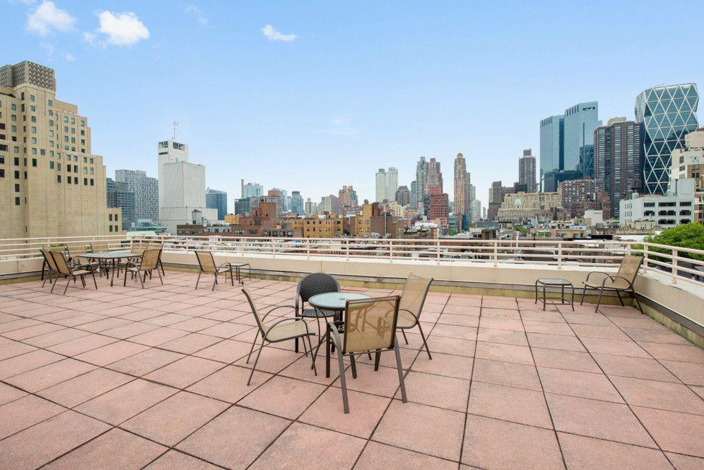 1 World Trade Center 43rd Floor
