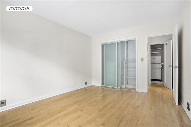 240 East 76th Street, 3F, living Room