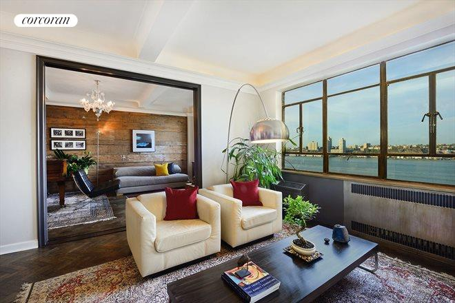 140 Riverside Drive, 11K, Living Room