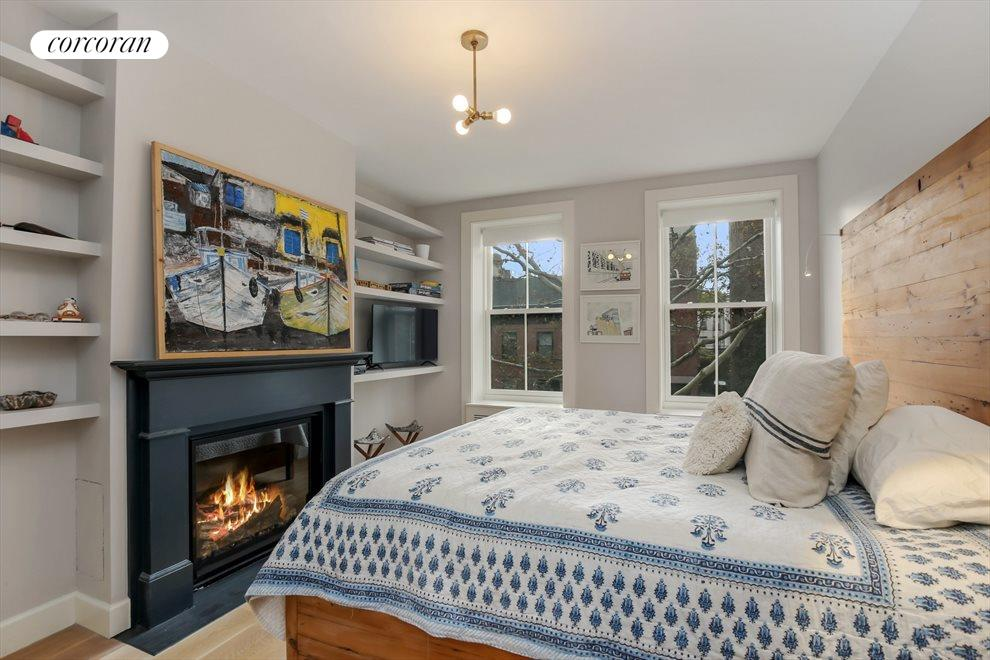 Den or Guest Bedroom with Gas Fireplace