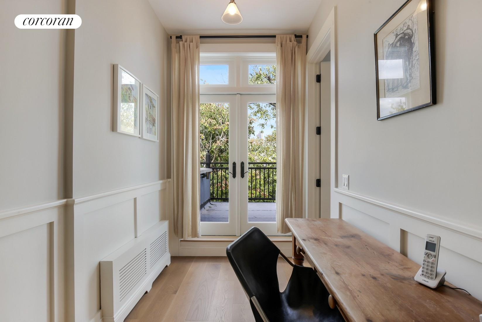 331 De Graw Street, Huge Chef's Kitchen Open to the Garden