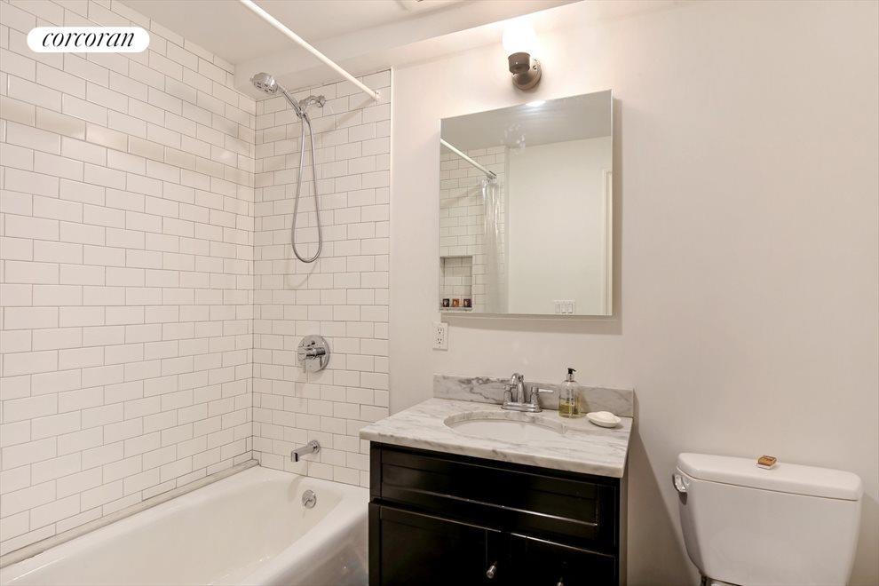 Garden Duplex Bathroom